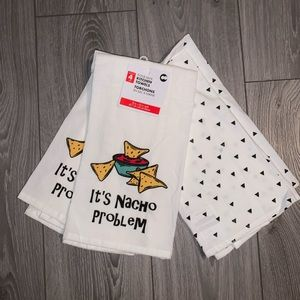 """Other - 4-Pack Kitchen Towels """"It's Nacho Problem"""""""